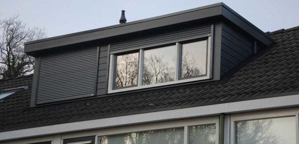 dakkapel-plaatsen-aannemer-gigant